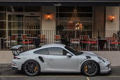 The Porsche 911 is a truly a race car you can drive on the street. It's distinctive Porsche styling is backed up by incredible race car performance. Porsche Sports Car, Porsche 911 Gt3, Porsche 2017, Supercars, Foto Cars, Dodge, Garage, Gt3 Rs, Muscle
