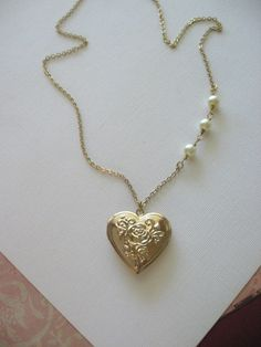 Heart Locket, Gold Locket, Heart Jewelry, Rose Locket, Locket with Pearls in Gold, Valentines Day Gifts