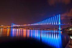 Bosphorus Bridge, Istanbul, Turkey.