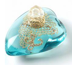 Perfume Lolita lempika con toques de vainilla.
