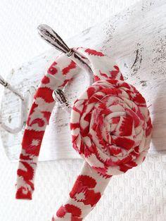 Tutorial Tuesday: fabric flower hair band - Mollie Makes