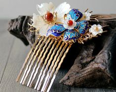 Your place to buy and sell all things handmade Kawaii Accessories, Bride Hair Accessories, Gifts For Women, Gifts For Her, Flowers In Hair, Flower Hair, Style Chinois, Fairy Jewelry, Wedding Jewelry