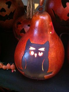 Retired design -Hoot the gourd owl.