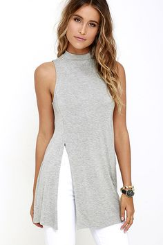 Your high-waisted jeans are going to love the On Repeat Heather Grey Tunic Top…