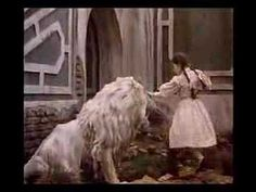 My fave movie as a lil girl!! Acting it out new it by heart!! Just ask my parents! Return to Oz - older movie trailer