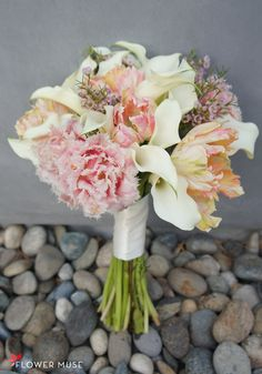 Pink Peach Bouquet with Tulips - see the ingredients of how to make this on Flower Muse blog Peach Bouquet, Diy Bouquet, Tulips Flowers, Diy Flowers, Flower Ideas, Become A Florist, Wedding Prep, Wedding Stuff, Spring Wedding Inspiration
