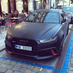 Matte black Audi RS6 in Prague