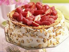 Delicious Strawberry Cake - gestational diabetes recipes
