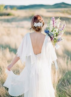 Organic Vintage Wedding Ideas | Wedding Sparrow | Golden Veil Photography