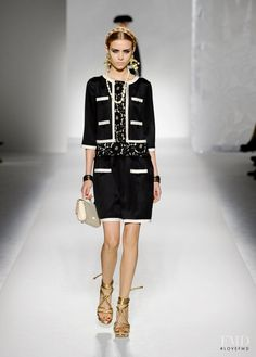 Photo feat. Josephine Skriver - Moschino - Spring/Summer 2012 Ready-to-Wear - milan - Fashion Show | Brands | The FMD #lovefmd