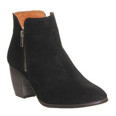 For the Aquatalia Fallon Chelsea Boot