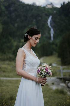Wedding Dresses, Fashion, Bride Dresses, Moda, Bridal Gowns, Fashion Styles, Wedding Dressses, Bridal Dresses