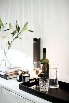 dustjacketattic:  drinks & candles   magnolia by mia
