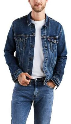 Add flair to an outfit with this men's Levi's denim jacket. Denim Jacket Men Style, Denim Jacket Fashion, Levi Denim Jacket, Denim Outfit, Men's Denim, Denim Jackets, Jeans Levis 501, Jeans Levi's, Love Jeans
