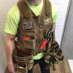 "This kit contains the AIMS™ Saratoga Vest, AIMS™ Screw and Nail Attachment Pouch, AIMS™ Single Well Utility Pouch, AIMS™ Tape Measure Pouch (x2), AIMS™ Chalk Line Pouch, AIMS™ Jab Saw Sheath, AIMS™ Drill Holster, AIMS™ Hammer Hold,Rigid Tool Belt, AIMS™ 326 Multi Purpose Tool Pouch, AIMS™ 3"" Magnetic Panel and Hydrapak 1L Hydration Bladder. This KIT also comes with a FREE A46-MRP Glo Patch. You also have the ability to add other items to this kit by simply adding them to your shopping cart."