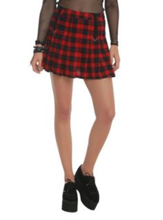 Taylor Swift's Red Skirt and Stripe Shirt | My Style | Pinterest ...