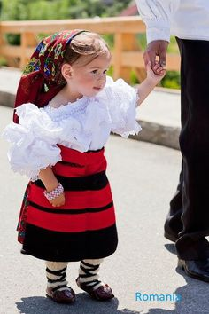 Romania Traditional Clothing has inspired several designers all over the world, is authentic, is unique. In the picture: Traditional port in Maramures Area Kids Around The World, We Are The World, People Of The World, Precious Children, Beautiful Children, Kind Photo, Romanian Girls, Romanian Flag, Filipiniana Dress