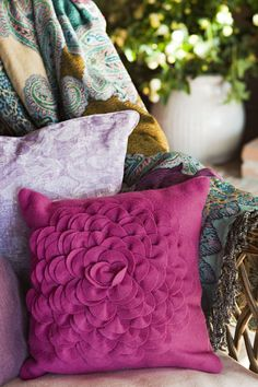 Embellish spaces with cushions and throws: My Dream Canvas: Come Fly With Me to Costa Del Sol Down Pillows, Throw Pillows, Come Fly With Me, Textiles, Home Staging, Interior Design Inspiration, Pillow Covers, Interior Decorating, Cushions