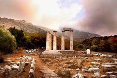 Samothraki Ancient Greek Art, Ancient Greece, Mystery Of History, Greece Islands, Greeks, Greece Travel, Cairo, Homeland, Travel Inspiration