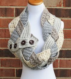 Make this gorgeous braided cowl with Lion Brand Heartland!