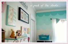 Everyday is a Holiday: Ombre Scallop accent wall tutorial #DIY #ombre #gradient #wall #paint #decor #aqua #tutorial #scallops