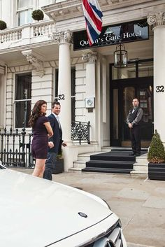 Need a transfer to or from the airport? Just ask and we will be happy to assist you! #london #uk #kensington #hotel #luxury #service #facilities #accommodation #travel #couple #destination   http://www.thequeensgatehotel.com/facilities_london_hotel