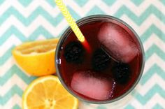 Blackberry Lemonade from French Toast, Cheesecake, Salad, and 20 Other Recipes to Make With Berries