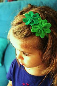 St. Patrick's Day Lucky Four Leaf Clover Headband How to DIY