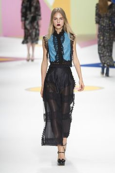 Pin for Later: Your Guide to Paris Fashion Week's Biggest Trends  Shiatzy Chen Spring 2016