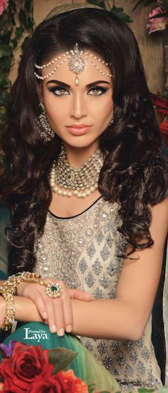 Asian Bridal Makeup Artist London - Indian Bridal Hair and Makeup Bridal Hair And Makeup, Bridal Beauty, Beautiful Bride, Beautiful People, Beautiful Women, Beauty And Fashion, Asian Bridal, Glamour, Bridal Looks