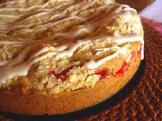 Pennsylvania Dutch Streusel Cake with a Fruit Filling | Easy Recipe for a Streuselkuchen | Choose a Premade Filling