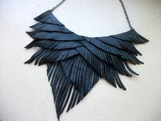 Collar de flecos de cuero negro por HaKNiK en Etsy