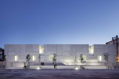 FIRM: Ateliers 2/3/4/: PROJECT: Courthouse; LOCATION: Béziers, France. Public building that strives to make it receptive and open to users, straddling a balance between its role in the judiciary process and sensitivity in dealing with cases that affect people's lives.