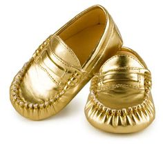 are you kidding me??  too cute!! Trumpette Gold Moccasins Baby Mocs