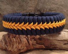 Fishtail Paracord Survival Bracelet with Center by Paraspirit