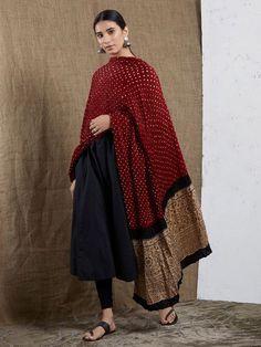 All Dupattas - Dupattas - Clothing Pakistani Dresses Casual, Indian Gowns Dresses, Pakistani Dress Design, Indian Wedding Outfits, Indian Outfits, Indian Clothes, Wedding Dresses, Indian Attire, Indian Ethnic Wear