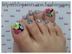 Toe nail art design ideas for summer Pretty Toe Nails, Cute Toe Nails, Diy Nails, Colorful Nail Designs, Toe Nail Designs, Pedicure Nail Art, Toe Nail Art, Nail Art Pieds, Summer Toe Nails