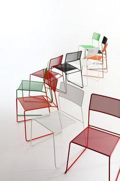 Sled base stackable garden chair LOG MESH by AREA DECLIC design Matteo Manenti, Simone Cannolicchio