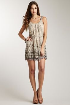 Cute summer dress $22 http://www.hautelook.com/index/index/mk/invite/inv_code/JSquires054
