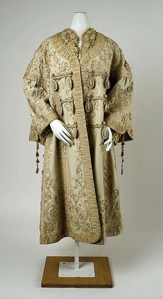 opera coat 1890 | Opera coat (1900)