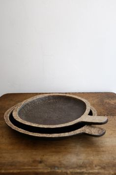 2 ceramic plates by Japanese cermic artist Miyachi