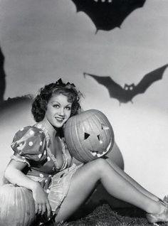 vintage halloween pin ups