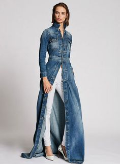Derby Jeans Community - Online Shopping webite for Mens casual wear in India. Buy Shirts, T-Shirts, Trousers, Jeans, Joggers & Jackets for men. Fashion Mode, Denim Fashion, Look Fashion, Fashion Outfits, Womens Fashion, Fashion Design, Fashion Trends, Fashion Hacks, Vogue Fashion