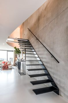 Home Stairs Design, Home Room Design, Steel Stairs, Boffi, Stair Handrail, Take The Stairs, Floating Stairs, House Stairs, Small Room Bedroom
