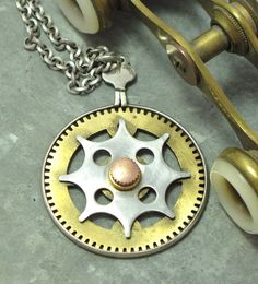 Industrial gear necklace by Mystic Pieces #steampunk #jewelry #valentinesday #mysticpieces