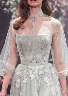 Details Once Upon a Dream Paolo Sebastian 2018 S/S Couture Dresses Elegant, Pretty Dresses, Beautiful Dresses, Evening Dresses, Prom Dresses, Formal Dresses, Wedding Dresses, Looks Party, Elie Saab