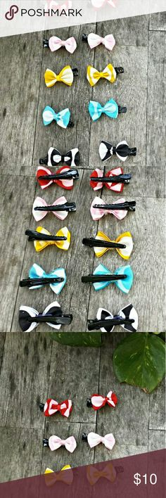 """??10  Hair Bows These bows are made for the fine hair of newborns & toddlers. They measure 1.5"""" & the clips are metal. With so many colors you'll have one for every outfit!  #0728-8/14-1 Accessories Hair Accessories"""