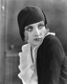... carole lombard flapper hat cloche 1920 s hat flappers flapper fashion