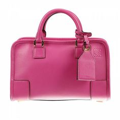 Bolso mujer #Loewe #fashion #moda #accesorios #circulogpr