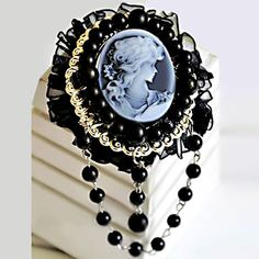 Vintage Antique Victorian Gold Carved Shell Black Cameo Brooch Pin Crystal Pugster.com